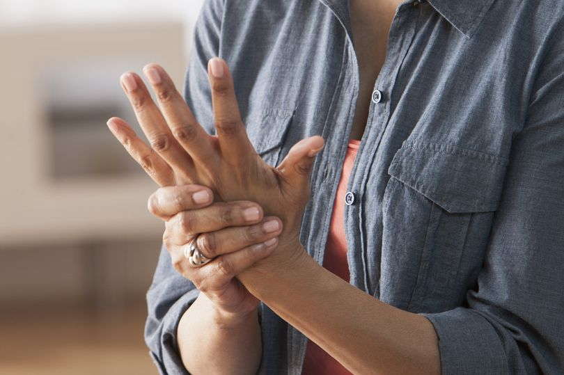 How CBD Oil Helps Arthritis and Inflammation